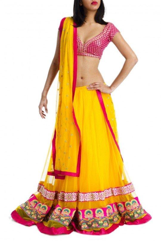 139515587158940570-yellow-lehenga-pink-kutch-embroidery
